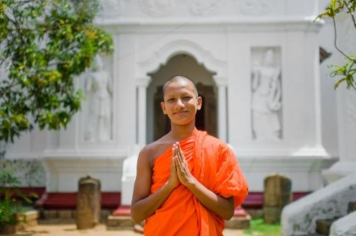 sri lankan buddhist monk