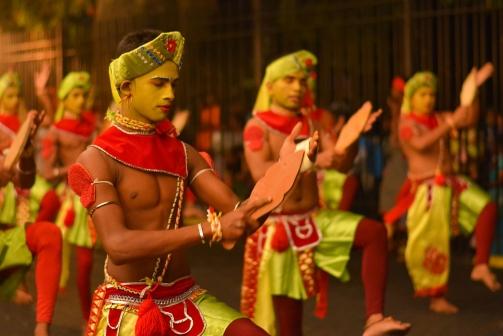 traditional-dancers-sri-lanka
